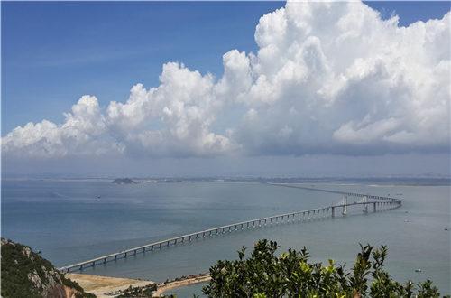 广东省南澳大桥西起汕头市澄海区莱芜